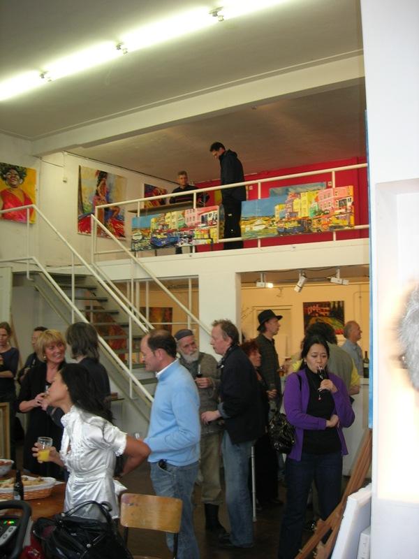 Drukte bij expo opening Haagweg 4 Leiden